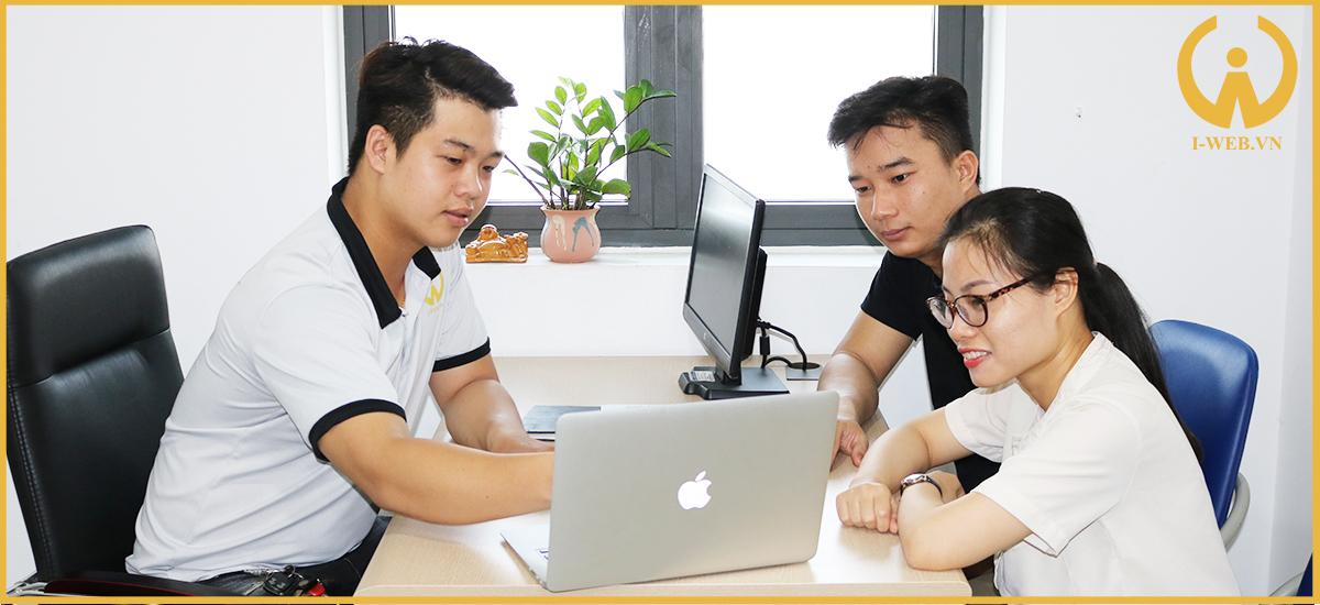 thiết kế web máy móc thiết bị tại iweb